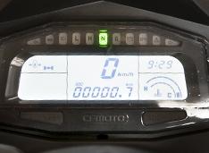 Многофункциональная ЖК-(LCD) панель приборов