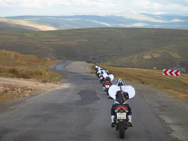 Езда на мотоцикле колонной