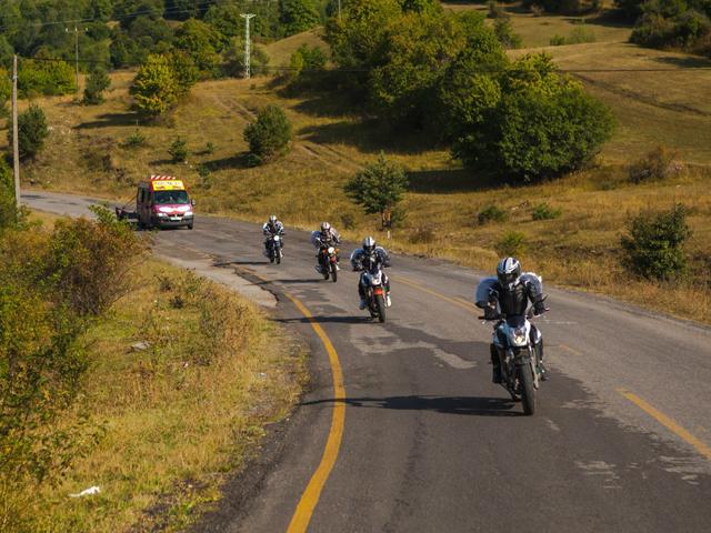 Езда на мотоцикле группой