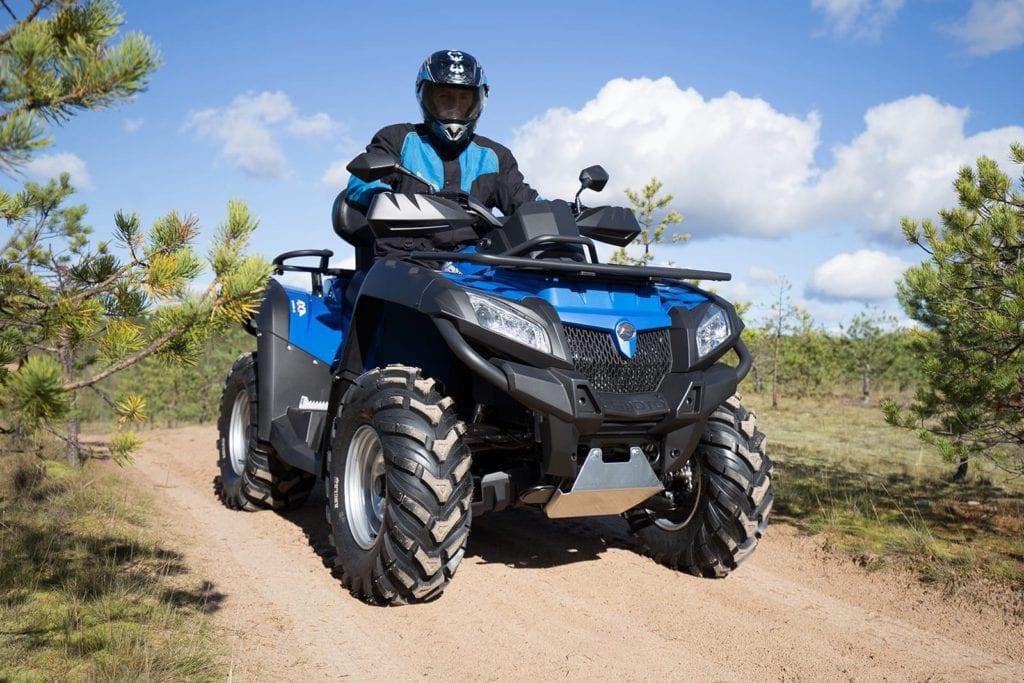 Квадроциклы CFMOTO с объемом двигателя 800 см3