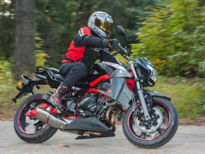 Влияет ли воздушный фильтр мотоцикла на его производительность?