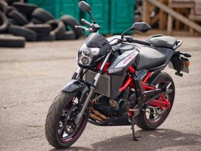 Как уберечь мотоцикл от коррозии и выцветания?